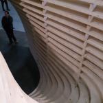 Szczegół stanowiska prezentującego możliwości konstrukcyjne z drewna klejonego